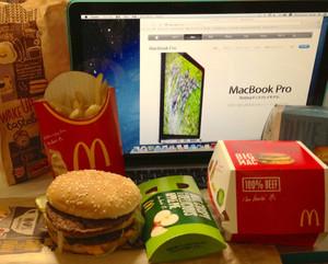 Mac_macs_and_apple